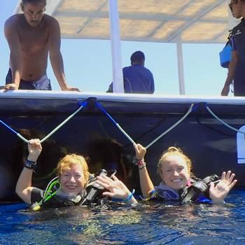 divers with terumbu divers